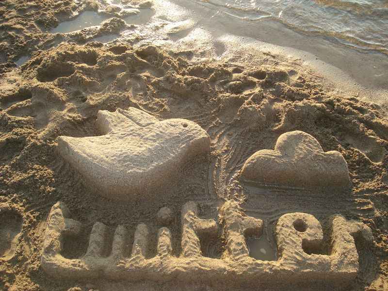 Twitter_sand