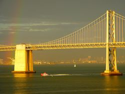 Bay_bridge_rainbow